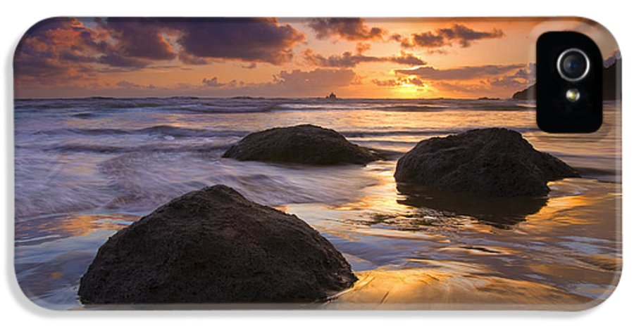 Sunset IPhone 5 Case featuring the photograph Pieces Of Eight by Mike Dawson