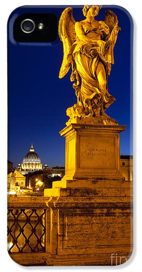 Angel Statue IPhone 5 Case featuring the photograph Ponte Sant Angelo by Brian Jannsen