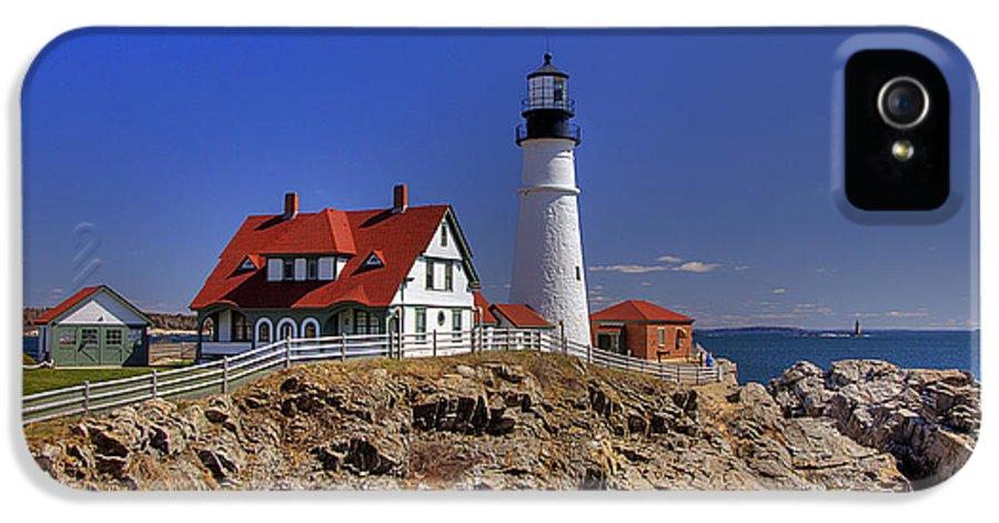 Atlantic Ocean IPhone 5 Case featuring the photograph Portland Head Light 3 by Joann Vitali