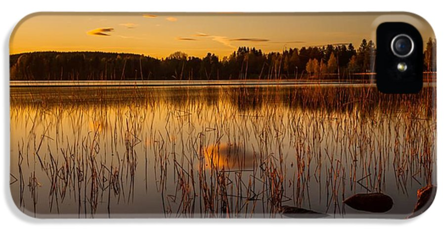 Landscape IPhone 5 Case featuring the photograph Powerful Peace by Rose-Maries Pictures