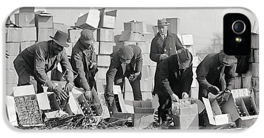 Prohibition IPhone 5 Case featuring the photograph Prohibition Feds Destroy Liquor 1923 by Daniel Hagerman