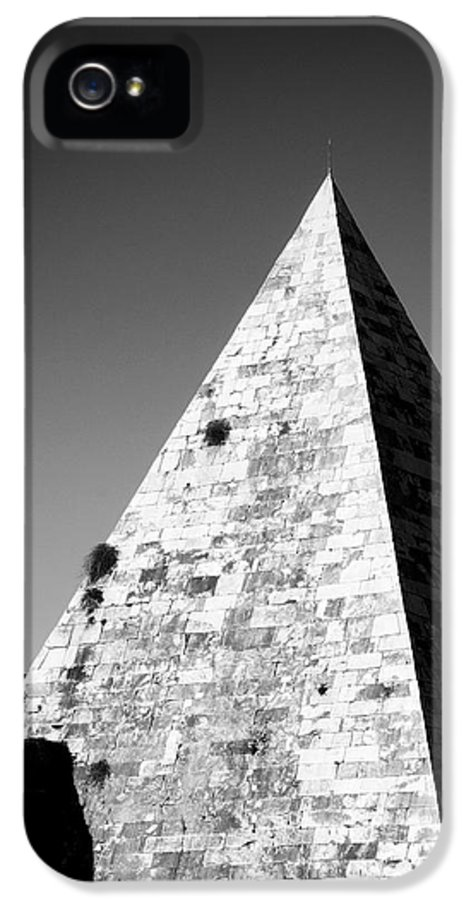 Pyramid IPhone 5 Case featuring the photograph Pyramid Of Cestius by Fabrizio Troiani