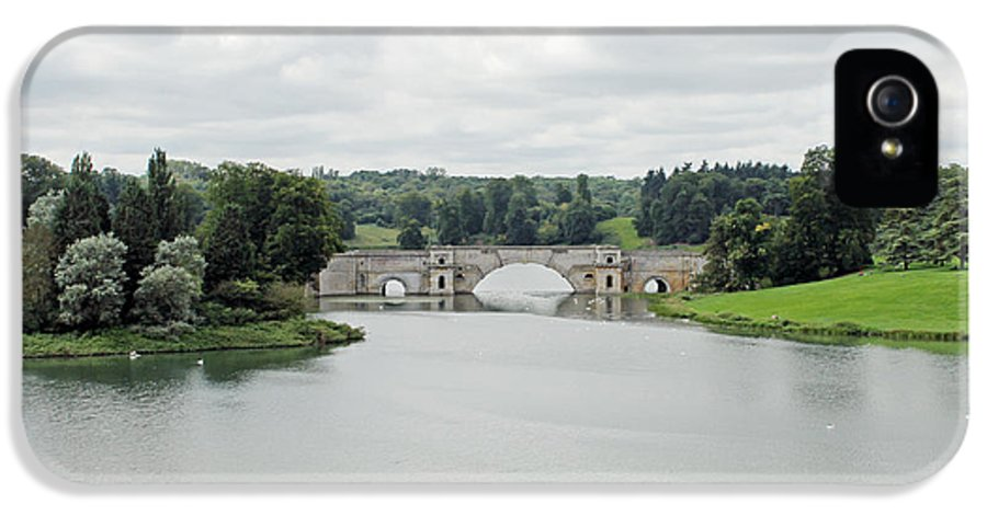 Queen Pool Blenheim IPhone 5 Case featuring the photograph Queen Pool Blenheim by Tony Murtagh