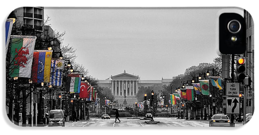 Rainy IPhone 5 Case featuring the photograph Rainy Day On The Parkway by Bill Cannon