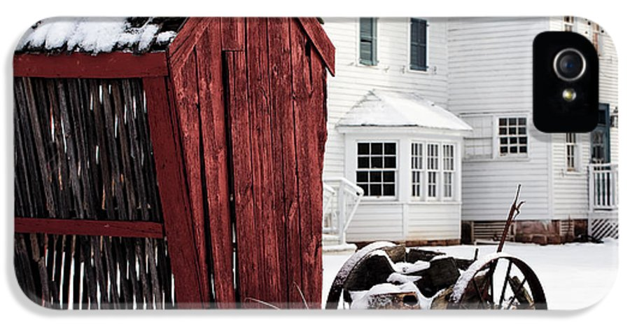 Red Barn In Winter IPhone 5 Case featuring the photograph Red Barn In Winter by John Rizzuto