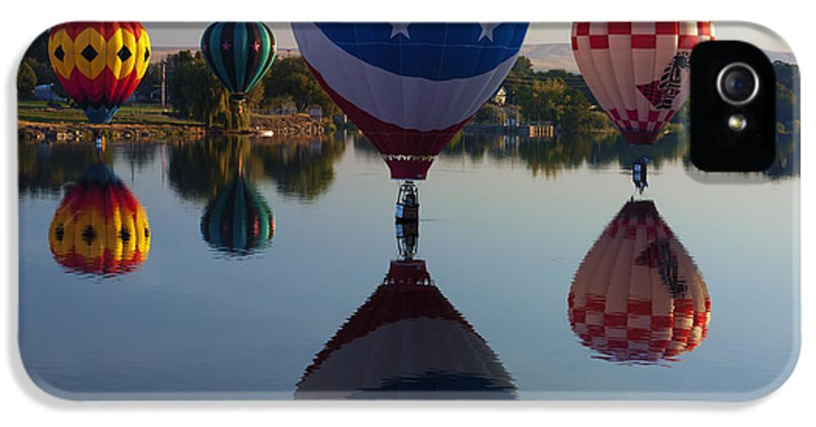 Balloons IPhone 5 Case featuring the photograph Resting On The Water by Mike Dawson