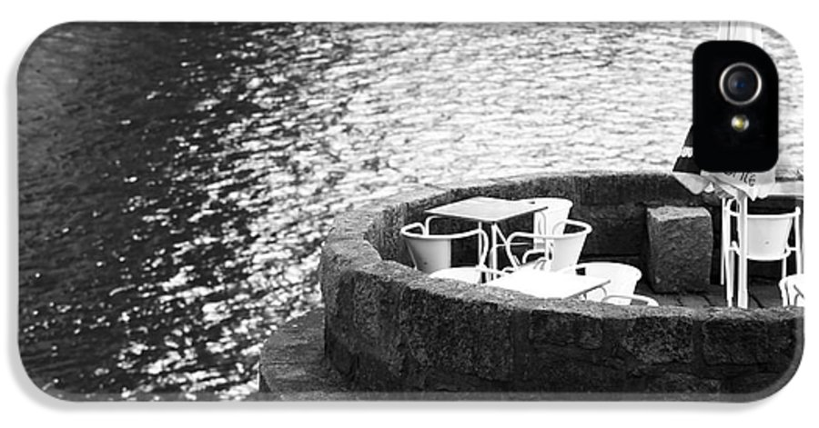 River Seat IPhone 5 Case featuring the photograph River Seat by John Rizzuto