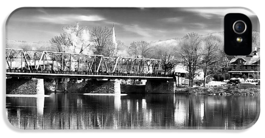 River View In New Hope IPhone 5 Case featuring the photograph River View In New Hope by John Rizzuto