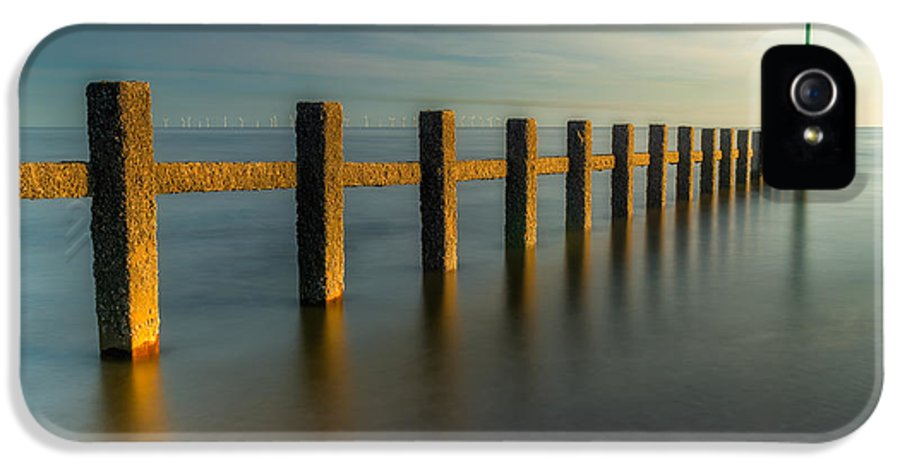 Groynes IPhone 5 Case featuring the photograph Seascape Wales by Adrian Evans