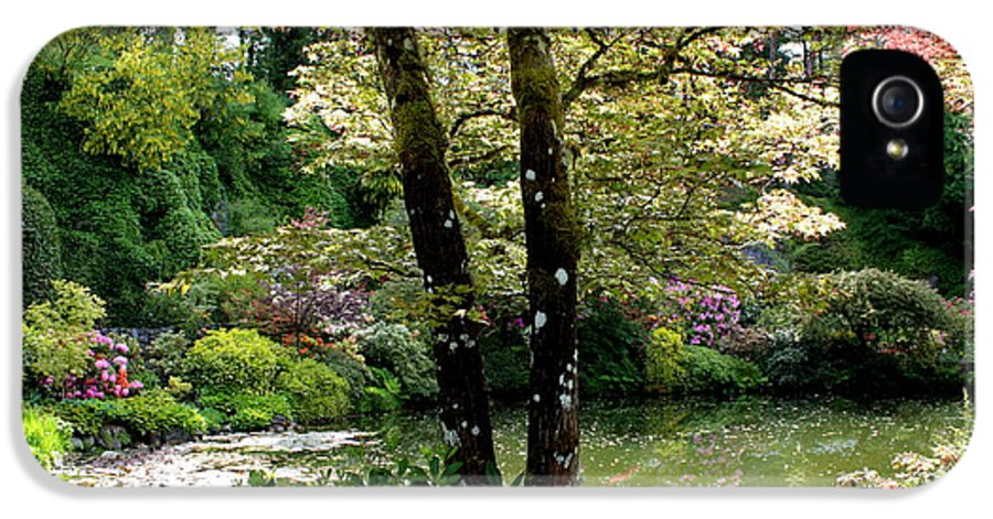 Peaceful Gardens IPhone 5 Case featuring the photograph Serene Garden Retreat by Carol Groenen