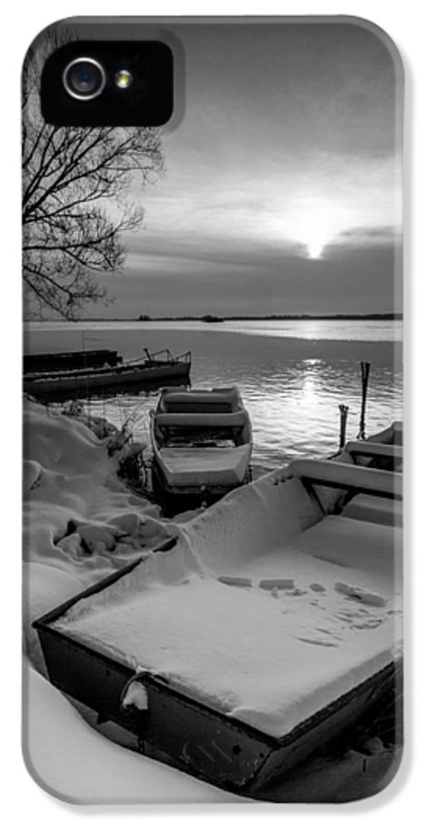 Landscapes IPhone 5 Case featuring the photograph Serenity by Davorin Mance