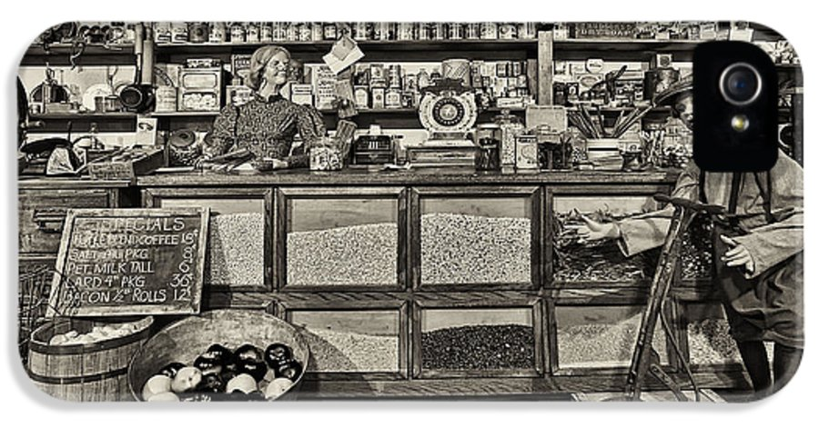 General Store IPhone 5 Case featuring the photograph Shopping At The General Store by Priscilla Burgers