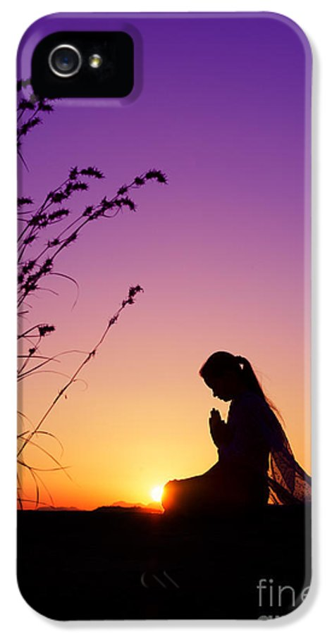 Girl IPhone 5 Case featuring the photograph Silence Of Prayer by Tim Gainey