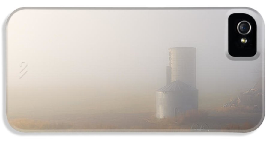 Silo IPhone 5 Case featuring the photograph Silo In The Fog by Mike Dawson