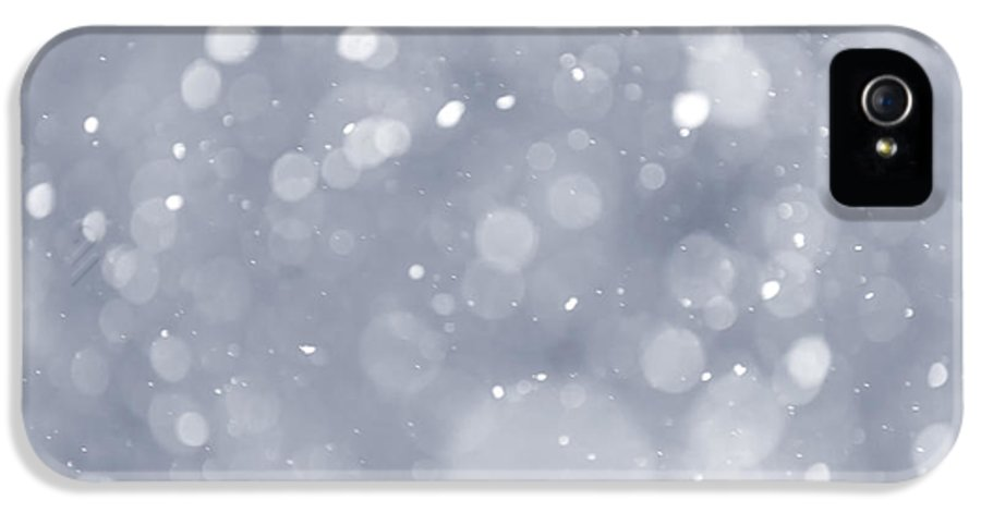 Snow IPhone 5 Case featuring the photograph Snowfall Background by Elena Elisseeva