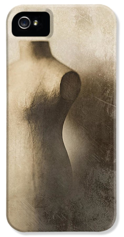 Mannequin IPhone 5 Case featuring the photograph Sophistication by Amy Weiss
