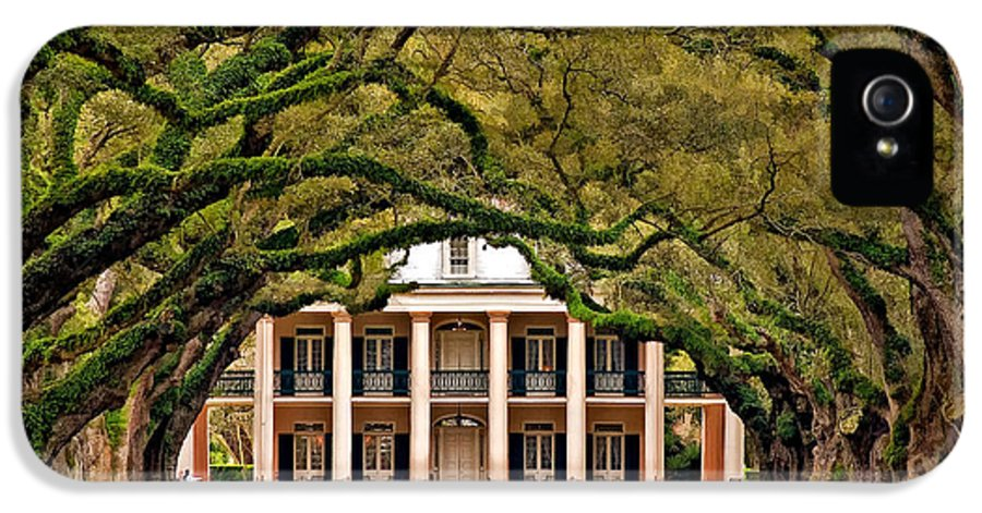 Oak Alley Plantation IPhone 5 Case featuring the photograph Southern Class Painted by Steve Harrington