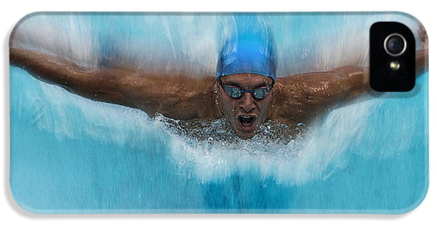 Swim IPhone 5 Case featuring the photograph Splash by Milan Malovrh
