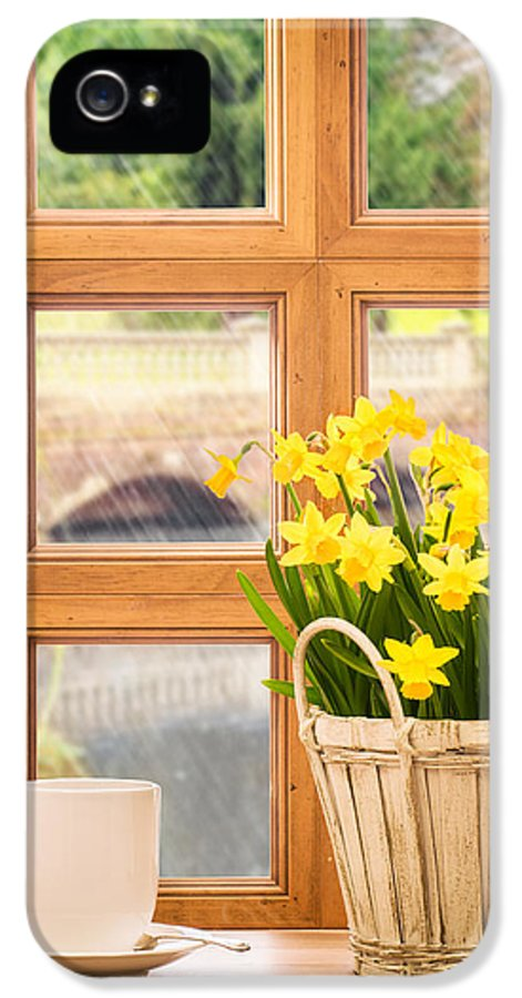 Window IPhone 5 Case featuring the photograph Spring Showers by Amanda Elwell