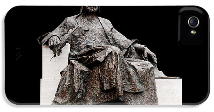 White Background IPhone 5 Case featuring the photograph Statue Of Nizami Ganjavi by Fabrizio Troiani