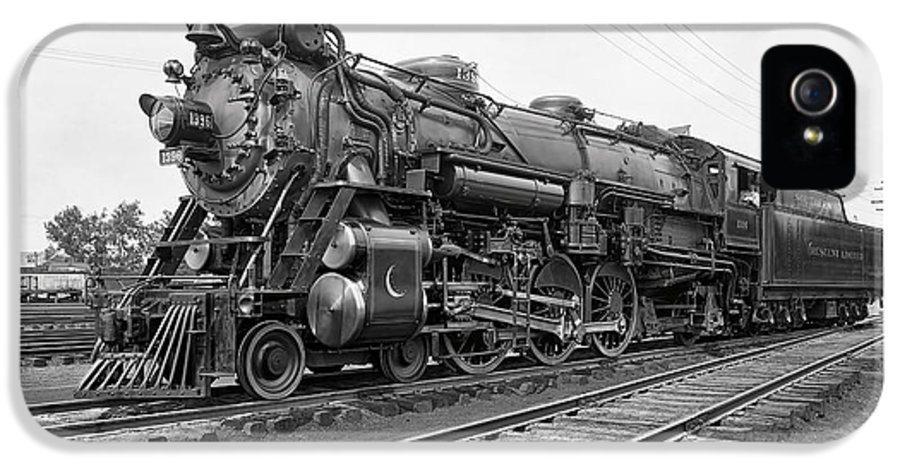 Locomotive IPhone 5 Case featuring the photograph Steam Locomotive Crescent Limited C. 1927 by Daniel Hagerman