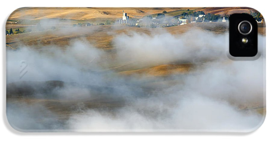 Palouse IPhone 5 Case featuring the photograph Steptoe Fog Clearing by Mike Dawson