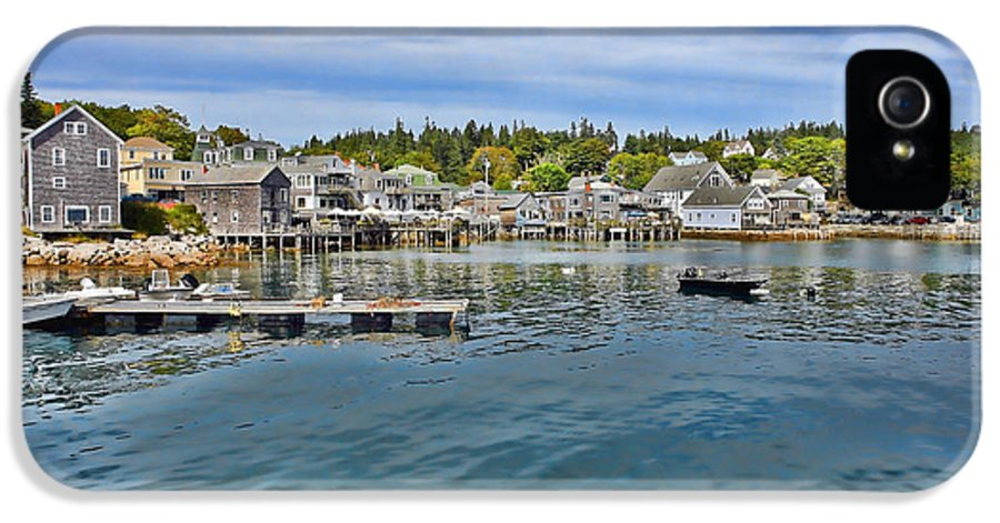 Maine IPhone 5 Case featuring the photograph Stonington In Maine by Olivier Le Queinec