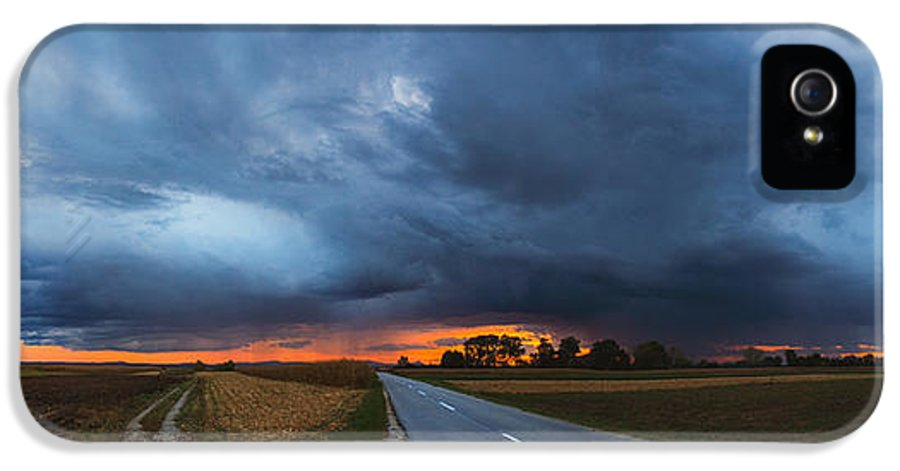 Landscapes IPhone 5 Case featuring the photograph Storm Is Coming by Davorin Mance