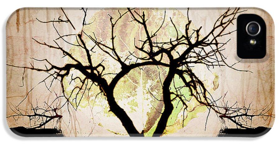 Brett IPhone 5 Case featuring the digital art Stretching by Brett Pfister