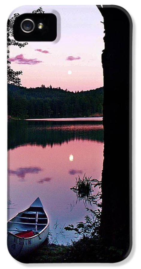 Concord Pond IPhone 5 Case featuring the photograph Summer by Joy Nichols