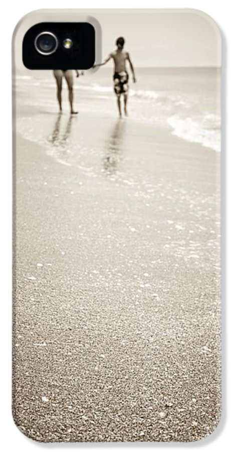 Beach IPhone 5 Case featuring the photograph Summer Memories by Edward Fielding