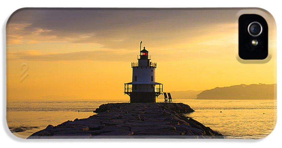 Lighthouse IPhone 5 Case featuring the photograph Sunrise At Spring Point Lighthouse by Diane Diederich