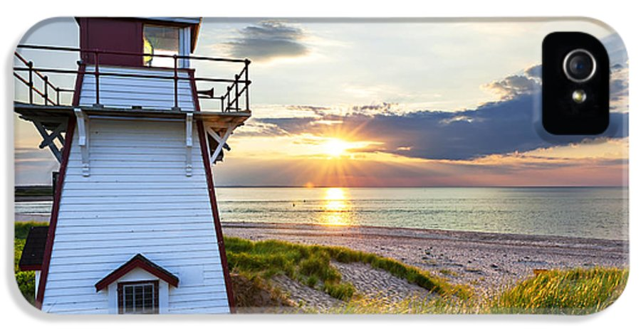 Sunset IPhone 5 Case featuring the photograph Sunset At Covehead Harbour Lighthouse by Elena Elisseeva