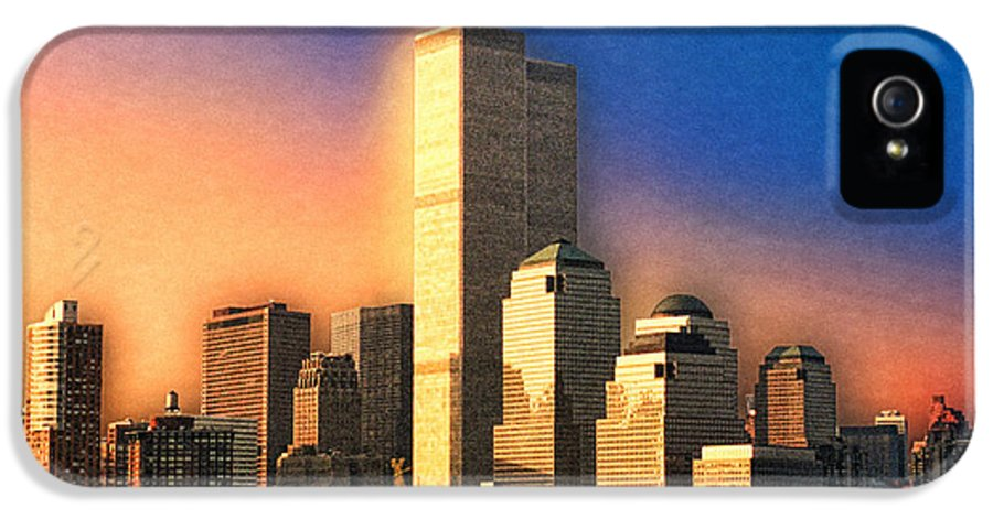 New York City IPhone 5 Case featuring the photograph Sunswept by Joann Vitali
