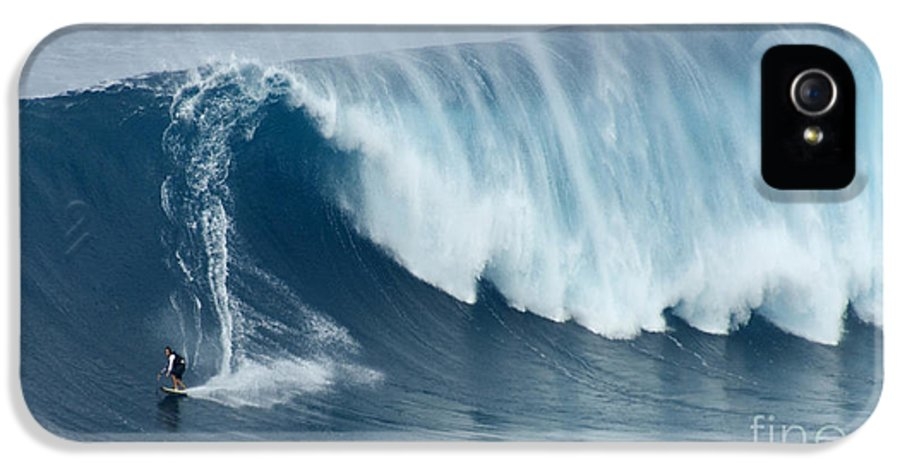 Surf IPhone 5 Case featuring the photograph Surfing Jaws 5 by Bob Christopher