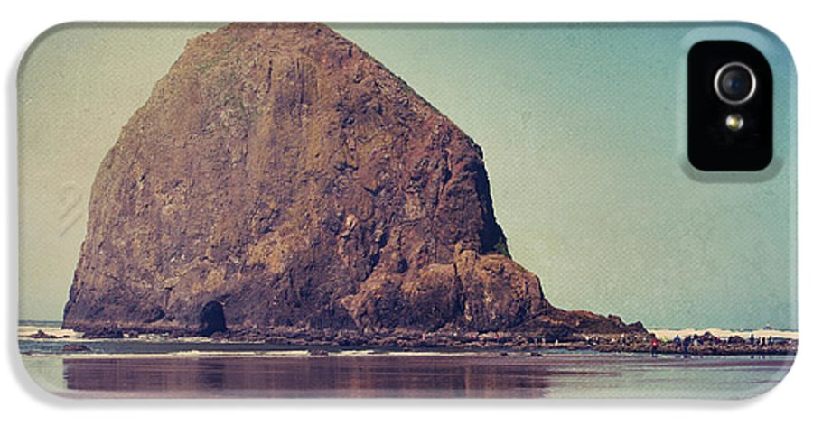 Cannon Beach IPhone 5 Case featuring the photograph That Feeling In The Air by Laurie Search