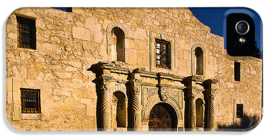 America IPhone 5 Case featuring the photograph The Alamo by Inge Johnsson