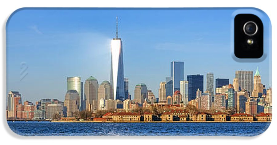 New IPhone 5 Case featuring the photograph The New Manhattan by Olivier Le Queinec