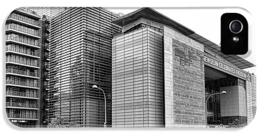 Washington IPhone 5 Case featuring the photograph The Newseum by Olivier Le Queinec
