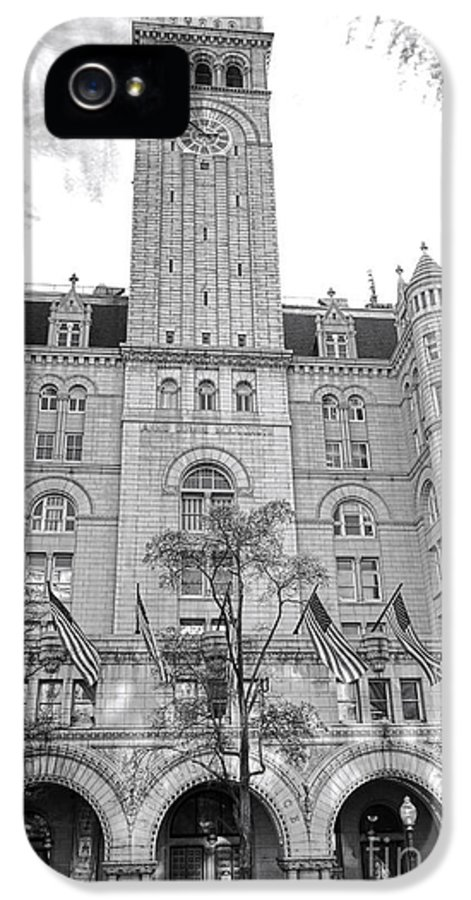 Washington IPhone 5 Case featuring the photograph The Old Post Office by Olivier Le Queinec