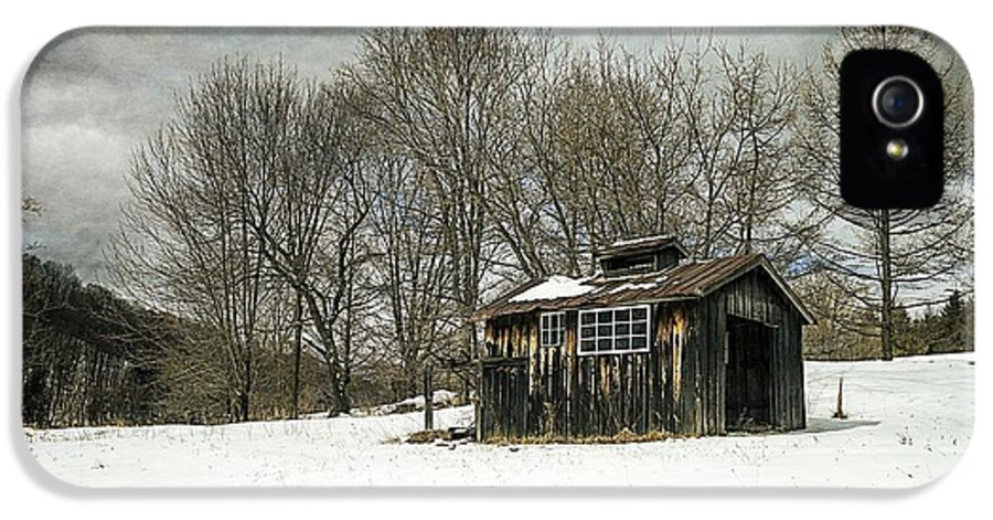 Collection IPhone 5 Case featuring the photograph The Old Sugar Shack by Edward Fielding