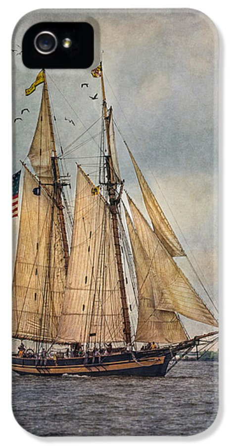 Pride Of Baltimore Ii IPhone 5 Case featuring the digital art The Pride Of Baltimore II by Dale Kincaid