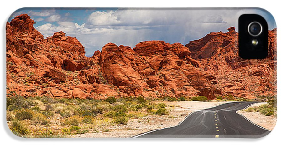 Valley IPhone 5 Case featuring the photograph The Road To The Valley Of Fire by Jane Rix