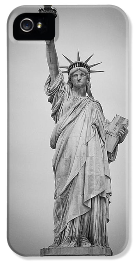 Statue Of Liberty IPhone 5 Case featuring the photograph The Spirit Of New York by Priyank Vora