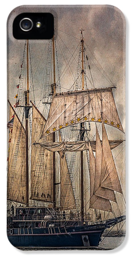 Peacemaker IPhone 5 Case featuring the photograph The Tall Ship Peacemaker by Dale Kincaid