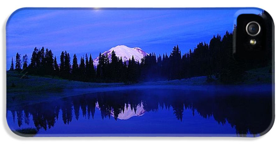 Scenic IPhone 5 Case featuring the photograph Tipsoe Lake In The Morn by Jeff Swan