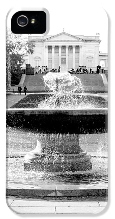 Arlington Cemetery IPhone 5 Case featuring the photograph Tomb Of The Unknown by Greg Fortier