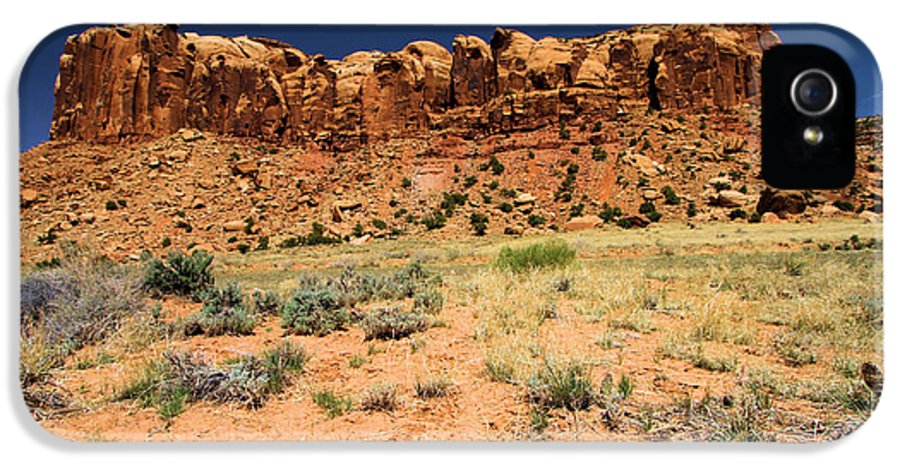 Slickrock Trail IPhone 5 / 5s Case featuring the photograph Towers To The Needles by Adam Jewell