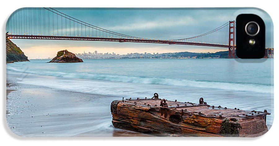 Afternoon IPhone 5 Case featuring the photograph Treasure And The Golden Gate Bridge by Sarit Sotangkur