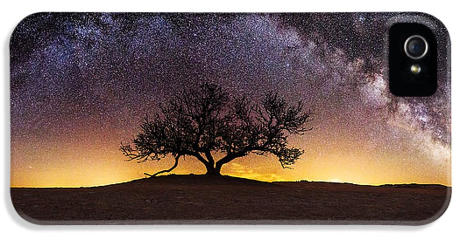 Milky Way IPhone 5 Case featuring the photograph Tree Of Wisdom by Aaron J Groen